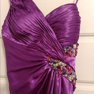 Purple prom/formal dress